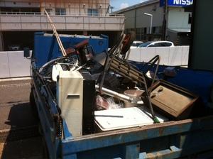 大きなゴミ、不用品無料引き取り盛況です