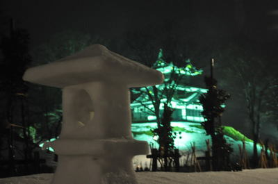 冬の高田城雪行灯めぐり