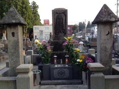お盆の墓参り