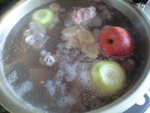 ラーメンスープ 3