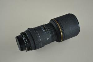 望遠レンズ300mmf4.0