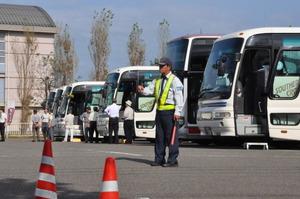 天地人博の観光バス