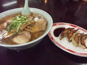 チャーシュー麺大盛り
