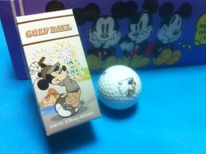 ミッキーのゴルフボール