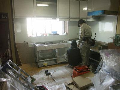 システムキッチンの工事